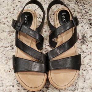 ⛄ BOC Black Wedge Sandals 11 M ⛄